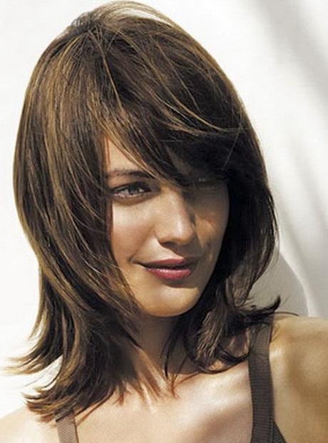 Trendige frisuren halblang - Damen frisuren halblang ...