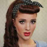 Rockabilly frisuren mit pony