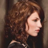 Locken frisuren schulterlang